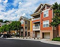 Durham, NC Apartments - Edinborough at the Park, A Greystar Avana Community