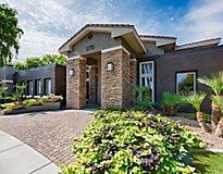 Chandler, AZ Apartments - Stonebridge Ranch