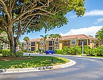 Boca Raton, FL Apartments - Mizner Court Apartments