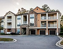 Raleigh, NC Apartments - Centerview at Crossroads Apartments