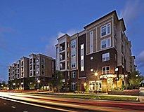 Charlotte, NC Apartments - Metro 808 Apartments
