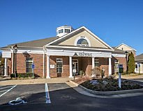 Williamsburg, VA Apartments - The Pointe at New Town Apartments