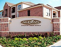 Pearland, TX Apartments - Alexan Shadow Creek Apartments