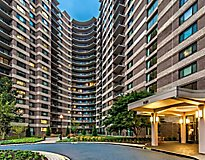 Silver Spring, MD Apartments - The Warwick Apartments, a Greystar Avana Community