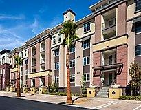 Woodland Hills, CA Apartments - Oceano Warner Center Apartments