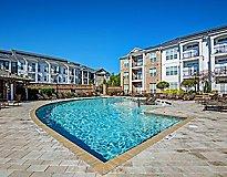Charlotte, NC Apartments - Whitehall Parc Apartment Homes