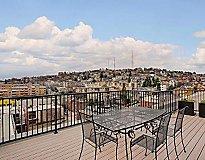 Seattle, WA Apartments - 708 Uptown Apartments