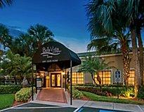 Boca Raton, FL Apartments - Bella Vista at Boca Del Mar, A Greystar Avana Community