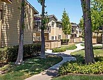 Pleasant Hill, CA Apartments - Iron Horse Park Apartments