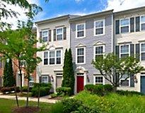 Herndon, VA Apartments - The Townes at Herndon Center Apartments