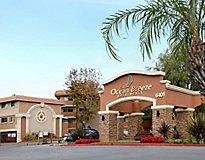 Huntington Beach, CA Apartments - Ocean Breeze Villas