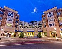 Charlotte, NC Apartments - Solis Sharon Square Apartments