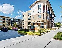 Durham, NC Apartments - 300 Swift Luxury Apartments
