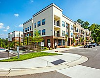 Raleigh, NC Apartments - Jones Grant Luxury Apartments