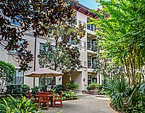 Houston, TX Apartments - The Amalfi at Hermann Park Apartments