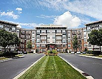 Cary, NC Apartments - Weston Lakeside Apartments