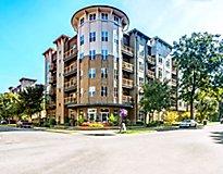 Charlotte, NC Apartments - Elizabeth Square Apartments