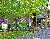 Kent, WA Apartments - Mosaic Hills Apartments