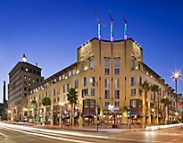 Pasadena, CA Apartments - Trio Apartments