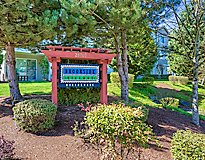 Auburn, WA Apartments - Brookside Village Apartments