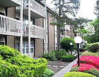 SeaTac, WA Apartments - Corinthian Apartments