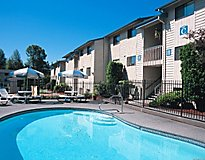 Kent, WA Apartments - Cottonwood Apartments