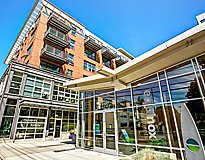 Seattle, WA Apartments - Equinox Apartments