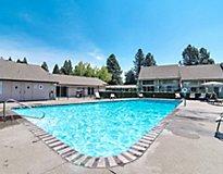 Salem, OR Apartments - Meadowlawn Apartments