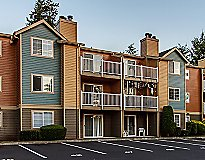 Everett, WA Apartments - Waterford Place Apartments