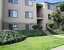 Longview, WA Apartments - Mint Place Apartments