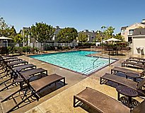 Long Beach, CA Apartments - Channel Point Apartments