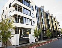 San Jose, CA Apartments - Levare