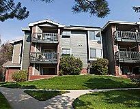Boulder, CO Apartments - The Boulders Apartments