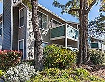 Pittsburg, CA Apartments - Diamond Hillside Apartments