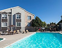 Lakewood, CO Apartments - St. Moritz Apartments