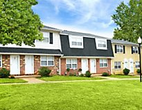 Owings Mills, MD Apartments - Falcon Crest Apartments