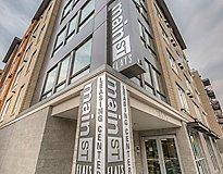 Bellevue, WA Apartments - Main Street Bellevue Apartments