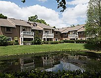 Altamonte Springs, FL Apartments - Lakeshore at Altamonte Springs Apartments