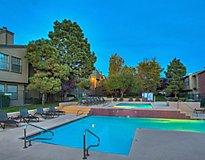 Albquerque, NM Apartments - Oak Tree Park Apartments