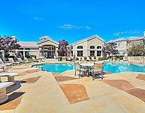 Albuquerque, NM Apartments - Arterra Apartments