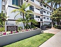 Los Angeles, CA Apartments - Lennox Apartments