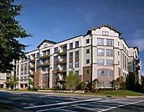Charlotte, NC Apartments - Solis Dilworth Apartments