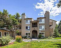 Lakewood, CO Apartments - Sloan's Lake Apartments