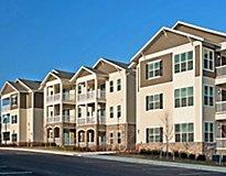 Woodbridge, VA Apartments - River Oaks Apartments