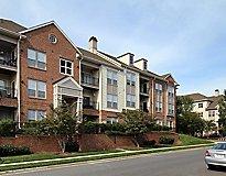 Rockville, MD Apartments - Huntington at King Farm Apartments