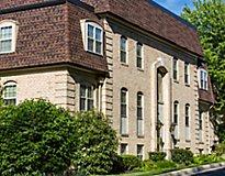Towson, MD Apartments - Versailles Apartments