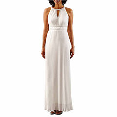 Melrose Sleeveless Wedding Gown