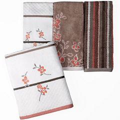 Saturday Knight Coral Garden Bath Towel Collection