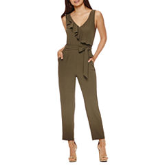 Bisou Bisou Sleeveless Jumpsuit