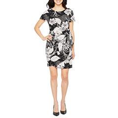 Robbie Bee Short Sleeve Wrap Dress